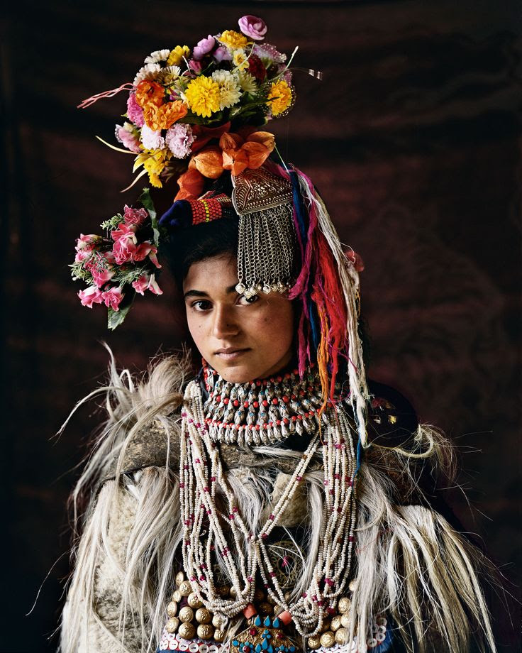 This pictures speaks so much about the diversity in India. This woman belongs to a faraway Himalayan tribe of Drokpa in Kashmir.