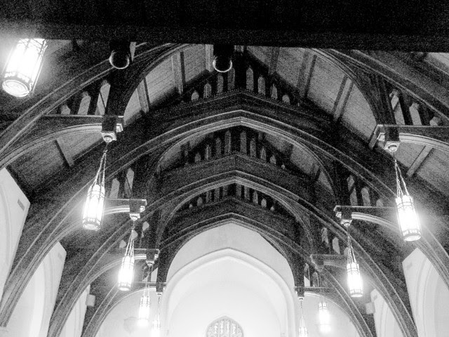 P1010183-2010-03-18-Druid-Hills-Presbyterian-Church-Trusses-BW