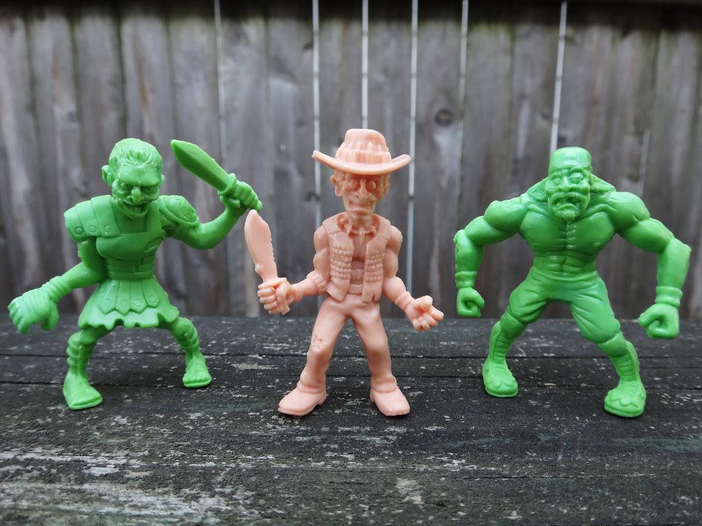 SLUG zombies series 2 Maximus Cadaverous, Gator Jones, Macho Mangler