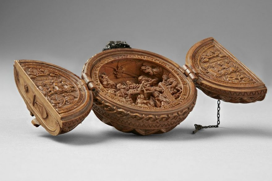 miniature-boxwood-carvings-16th-century-4