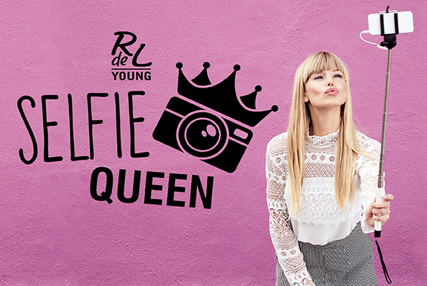 "RdeL Young ""Selfie Queen"""