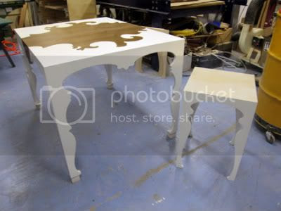 Alexander dining table + side tabe