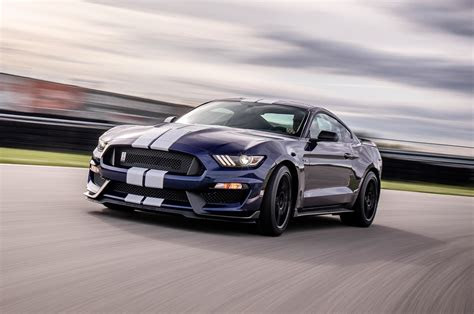 ford mustang shelby gt   update motor