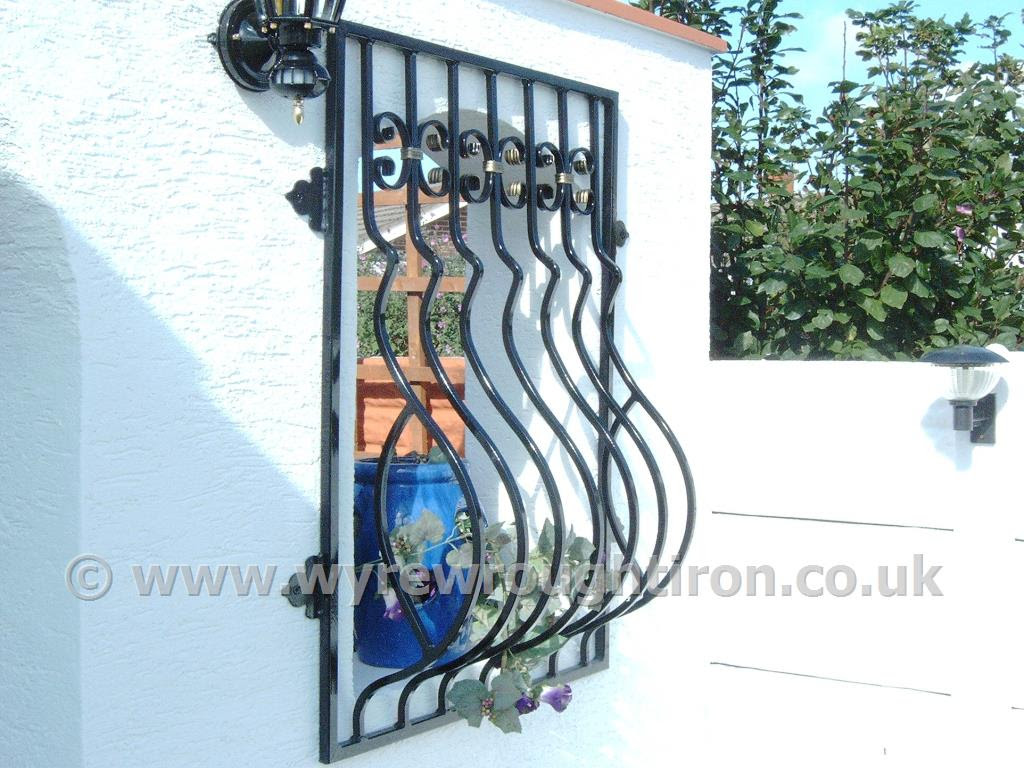 Wyre Wrought Iron - Steel Fabrications - Brackets, Posts, Tables ...