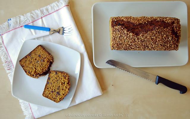 Pumpkin date bread with hazelnuts