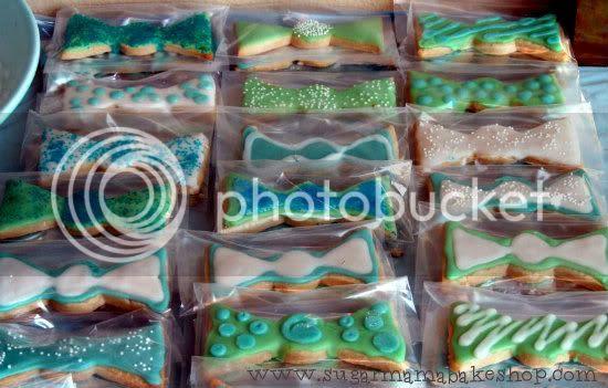 bowtie shortbread cookies