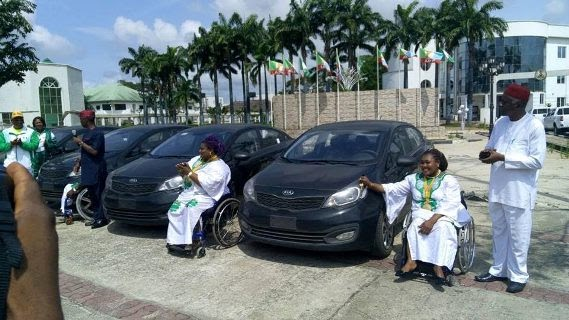 Governor Rochas Okorocha Presents Brand New Cars, Plot Of Land And Cash To Paralympians