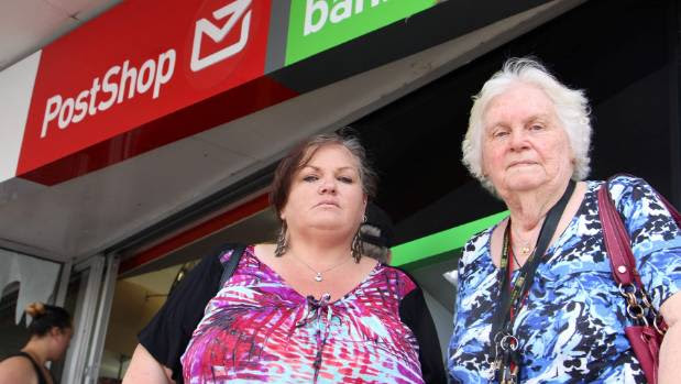 Helen and Joan Campbell are upset they weren't able to vote in the flag referendum because their names had been removed from the electoral roll.