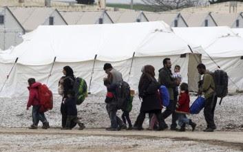 Σύρραξη μεταξύ προσφύγων στα Διαβατά για... τη φόρτιση ενός κινητού