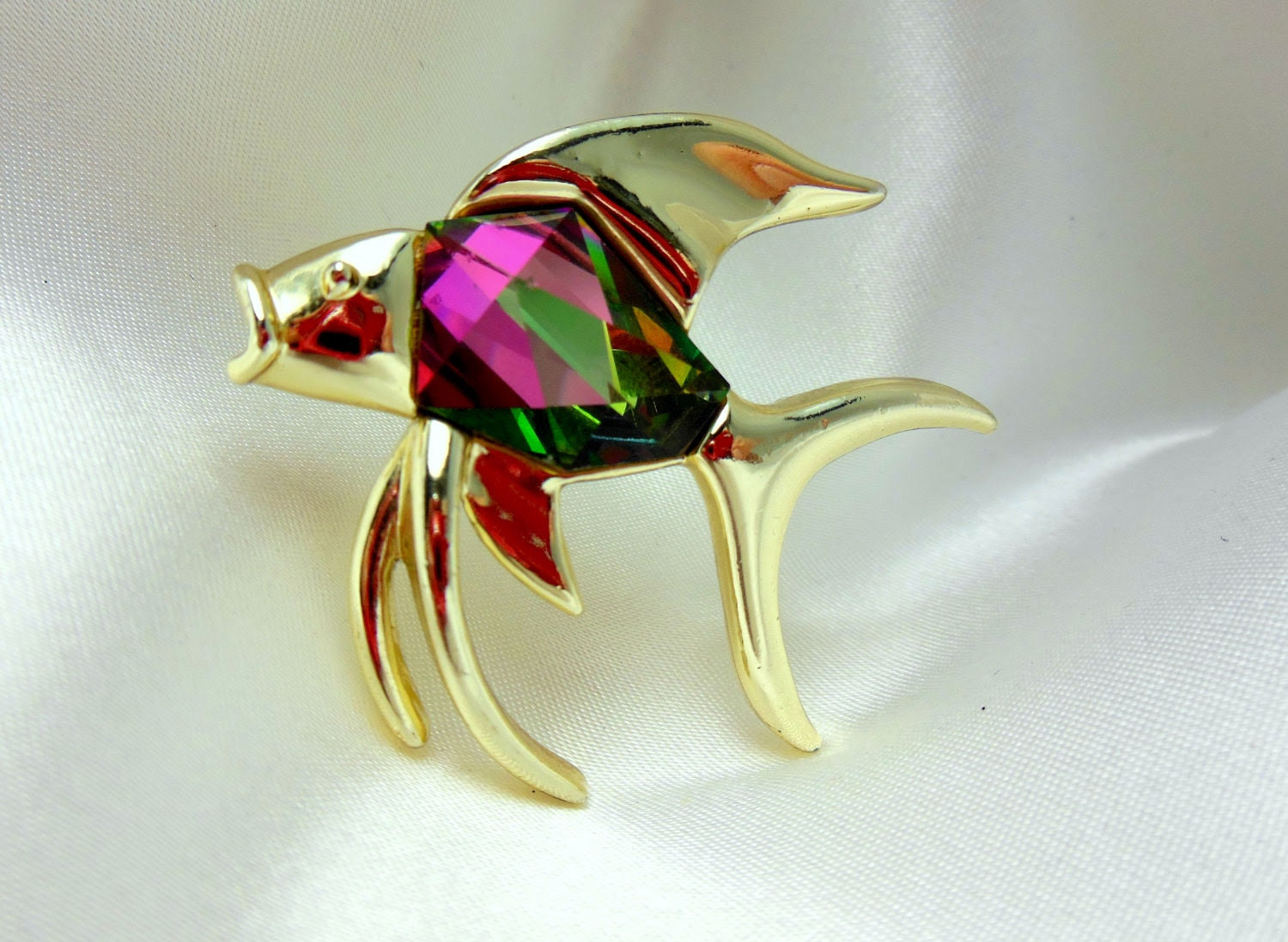 """Vintage Jewelry Sarah Coventry """"Tropicana"""" Fish Brooch"""