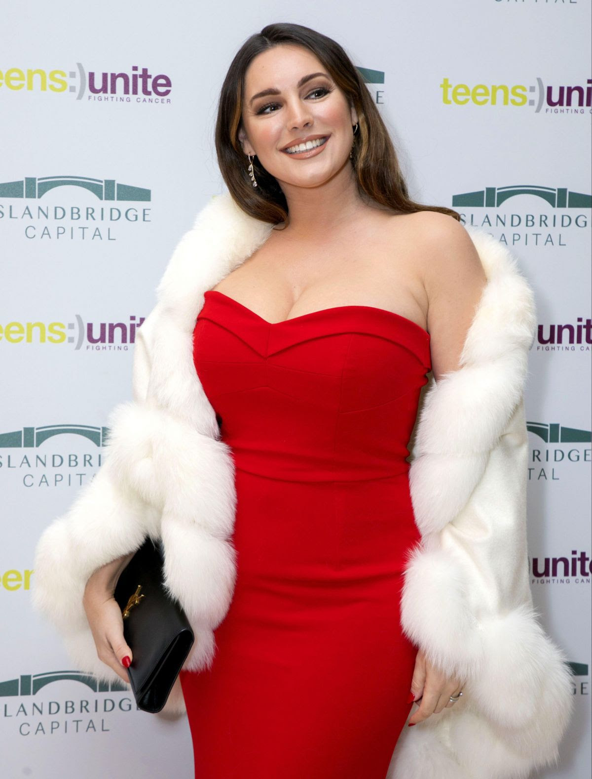 Kelly Brook attending the Tens Unite - Ten Year Tale Fundraising Gala in London - Sexy Actress Pictures | Hot Actress Pictures