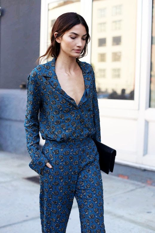 Le Fashion Blog Model Style Nyfw Lily Aldridge Blue Printed Jumpsuit Black Clutch Via Fashionista
