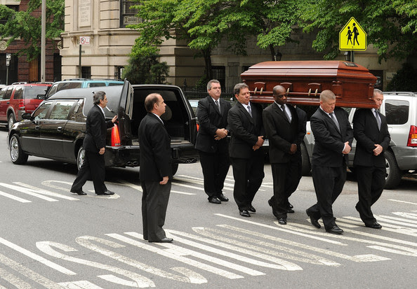 Lena Horne Pall bearers carry the casket of late singer/actress Lena Horne into the Church of St. Ignatius Loyola on May 14, 2010 in New York, New York.