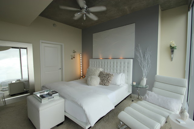 Modern White Bedroom - Modern - Bedroom - other metro - by Mauricio