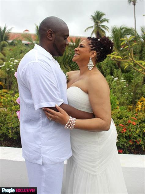 'I's Married Now!': Kim Coles Weds in Dominican Republic