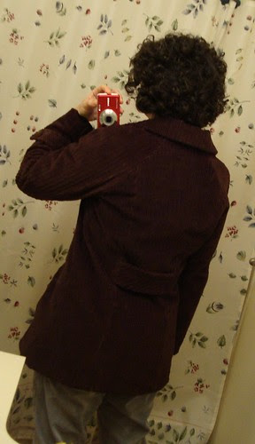 Simplicity 2508 DONE: back, while I'm wearing it