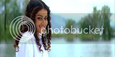 http://i298.photobucket.com/albums/mm253/blogspot_images/Bommarillu/PDVD_006.jpg