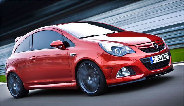 opel-corsa-OPC-and-astra-GTC-01