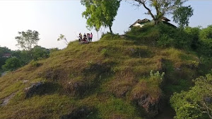 Jual Footage Aerial Drone Video Udara Pesona Wisata Gunung Lumut Bangkalan Madura (FHD)