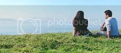 http://img.photobucket.com/albums/v252/BollyNuts/Vaaranam%20Aayiram/5song11.jpg