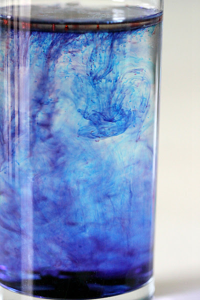 Create your own indoor Waterfall with food coloring - MomDot