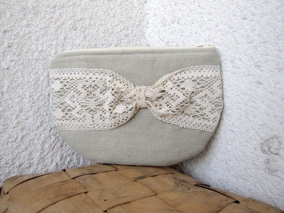 Lacy Bow - zipper pouch, cosmetic bag, small clutch - natural linen and  vintage lace