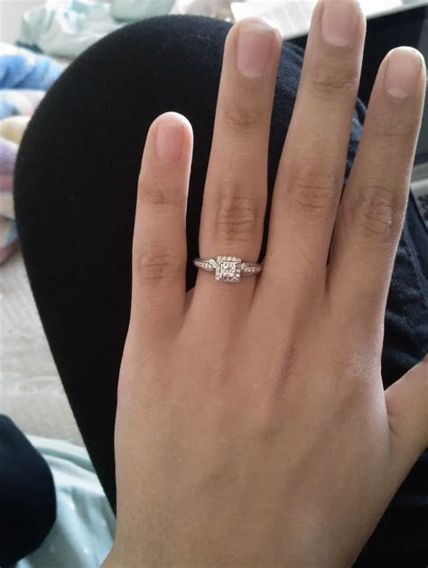 "Calling all ""small"" engagement/promise rings"