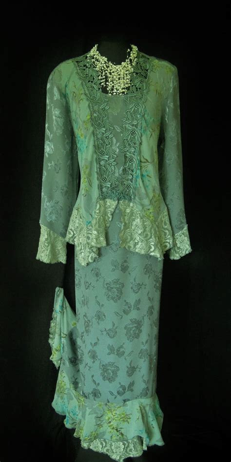 Spencer Alexis Green Dress Jacket Size 16/18. To see more