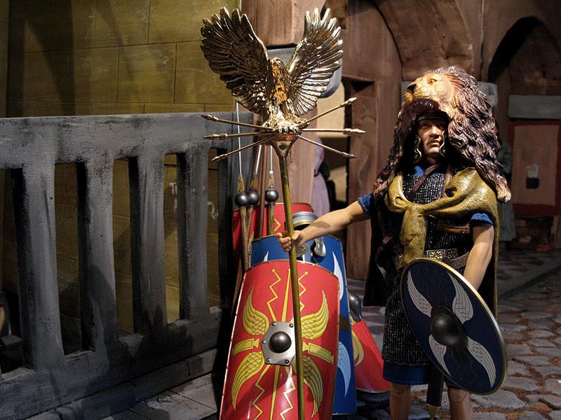 Kaustic Plastik Legions of Rome Lucius the Aquilifer