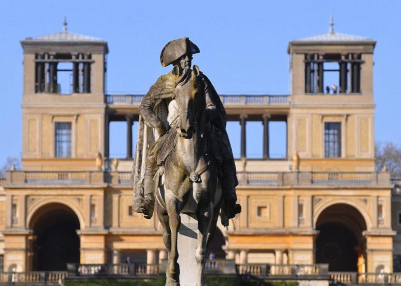 Reiterstandbild Friedrichs des Großen