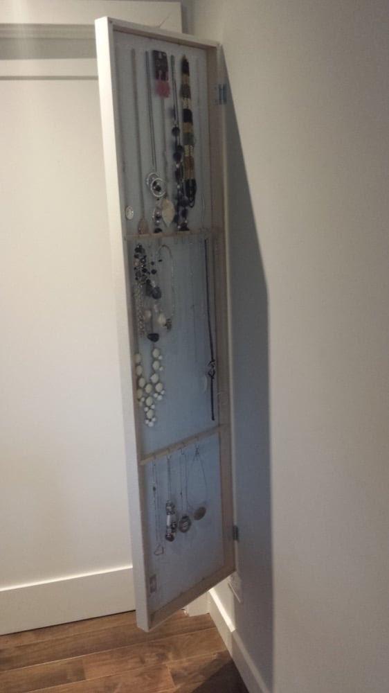 IKEA STAVE mirror hides jewellery organiser - IKEA Hackers - IKEA
