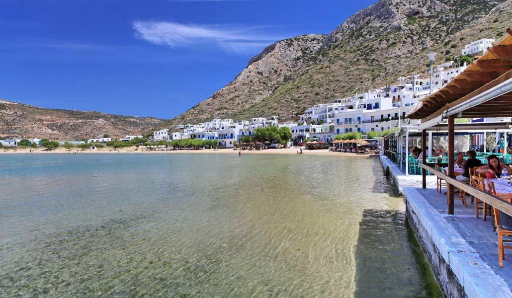 http://greekare.us/wp-content/uploads/2013/10/0111-sifnos-kamares.jpg