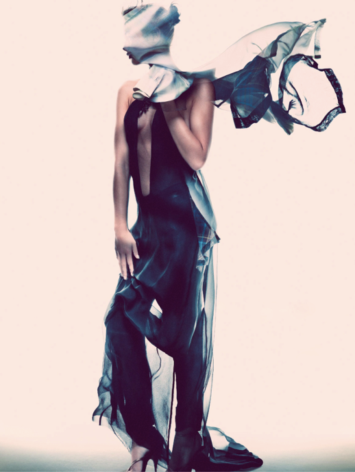 LE FASHION BLOG EDITORIALS SPRING SUMMER SHEER TREND ELLE SWEDEN SHEER TRANSPARENT PLAID SKIRT OVER PANTS SLEEVELESS BLACK PUMPS HEELS Varljus Moa Aberg By Andreas Sjoden Elle Sweden Summer 2013 Stylist Styled by Lisa Lindqwister Hair Rudi Lewis Makeup Ignacio Alonso 7