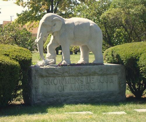 Woodlawn-Showmen's Rest elephant 1