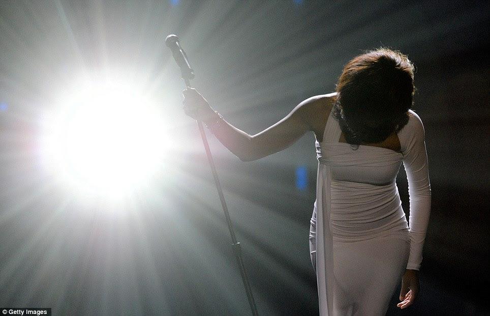 Tomar uma curva: Whitney será lembrado como um dos maiores artistas de gravação de todos os tempos