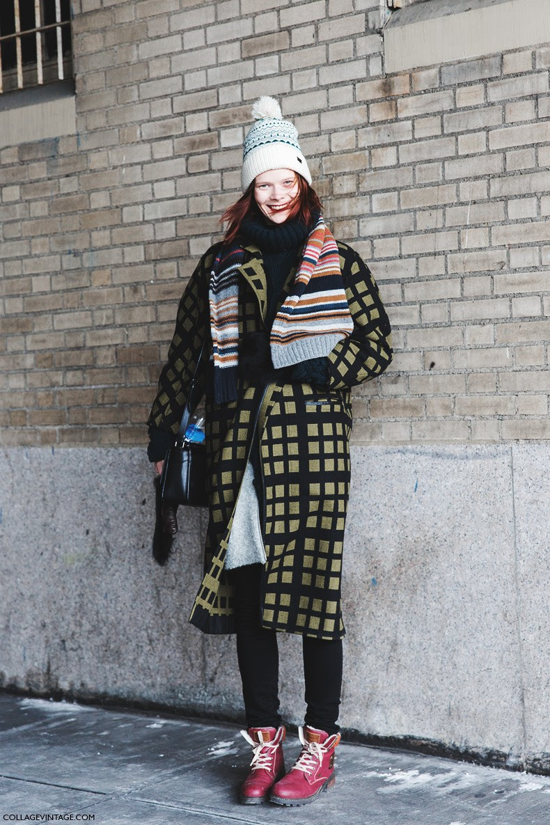 New_York_Fashion_Week-Fall_Winter_2015-Street_Style-NYFW-Model_Checked_Coat-Beanie-