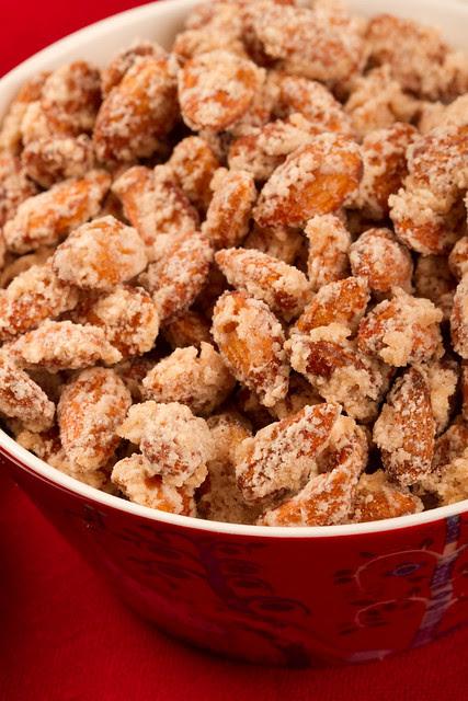 Sugared almonds / Suhkrumandlid