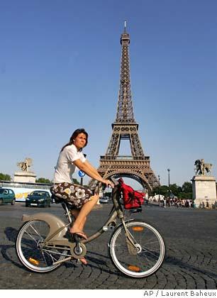 Velib at the Eiffel Tower