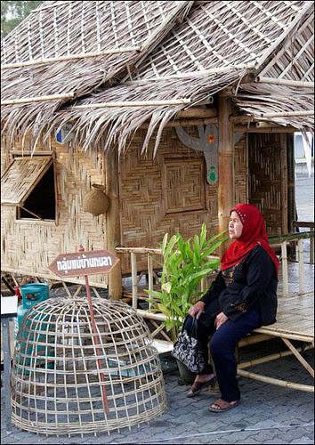 Olde Style Hut