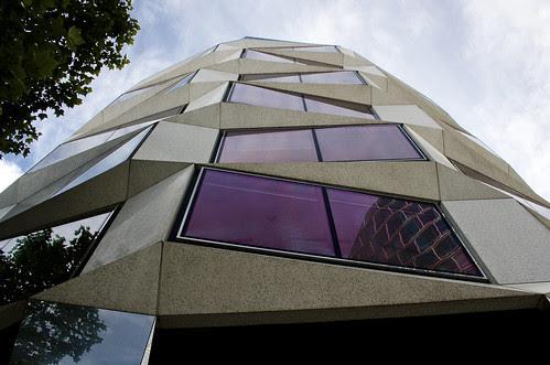 Moorgate Building, London, United Kingdom, by jmhdezhdez