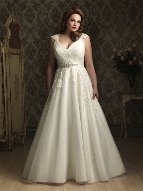 Plus Size Wedding Dresses From 10 of The Top Plus Size