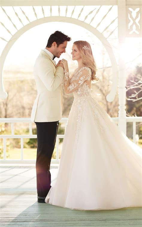 Wedding Dresses with Sleeves   Long Sleeve Wedding Dress