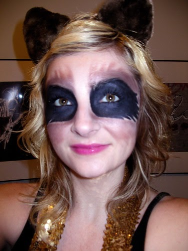 Adventures in Makeup: Raccoon Eyes a Problem? Raccoon Eyes Makeup
