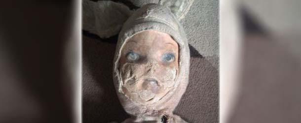 Venden en eBay una verdadera muñeca poseída que atacó un niño