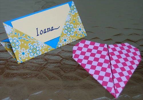 origami name holder heart
