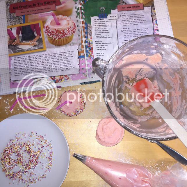 making milkshake cupcakes