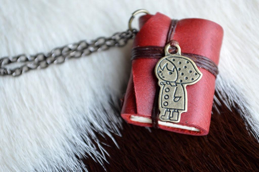 MiniatureBook Necklace Little Red Riding Hood