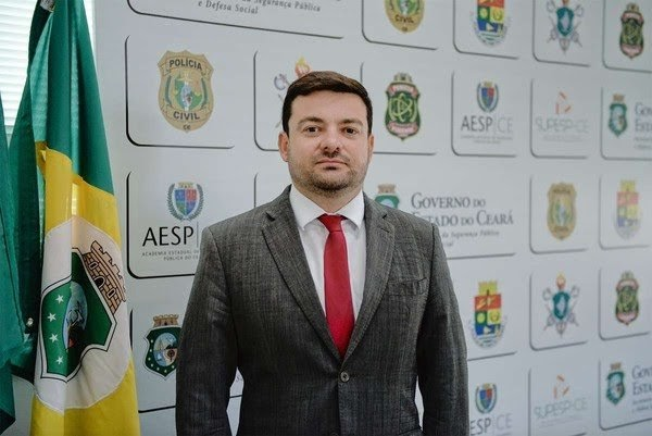 Secretaria da Segurança do Ceará muda secretário executivo e anuncia delegado da Polícia Federal para o cargo