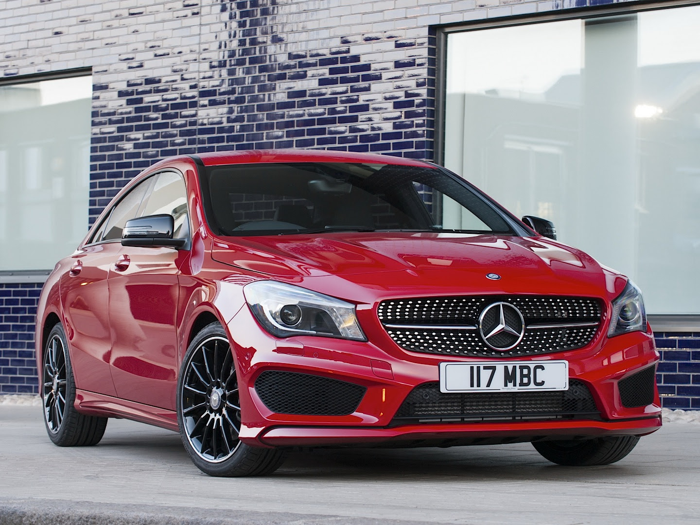 Mercedes-Benz CLA 220 CDI Gets Reviewed by Car - autoevolution