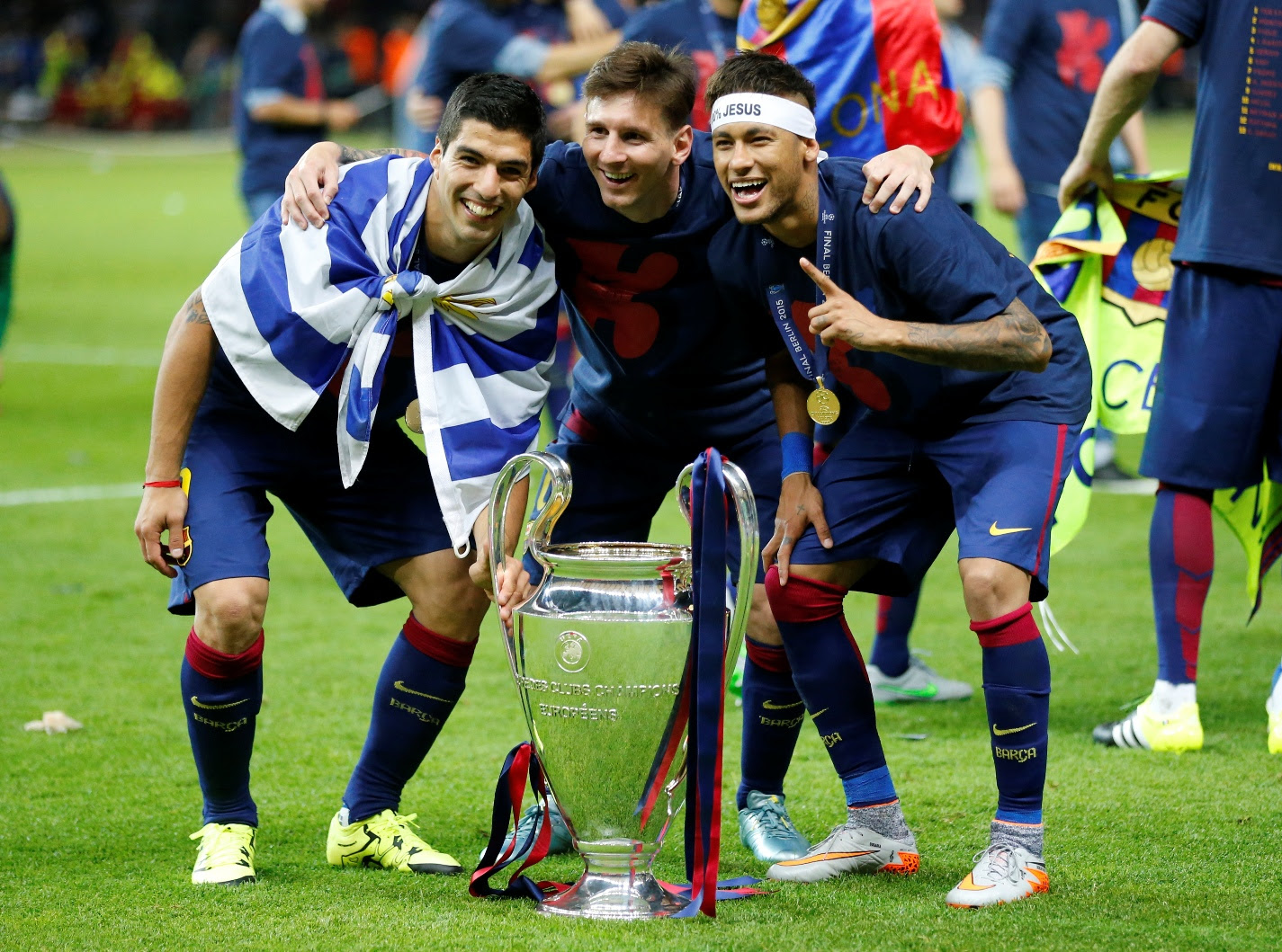 Lionel Mess, Luis Saurez and Neymar with Champions League Trophy